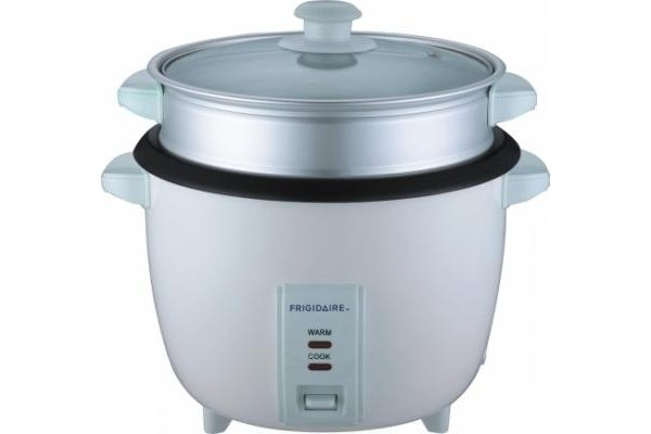 Frigidaire Stainless Steel 2.8 Liter Rice Cooker  220-240 Volt 50 Hertz FD8019